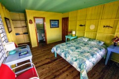 copan-room-fron-front-door